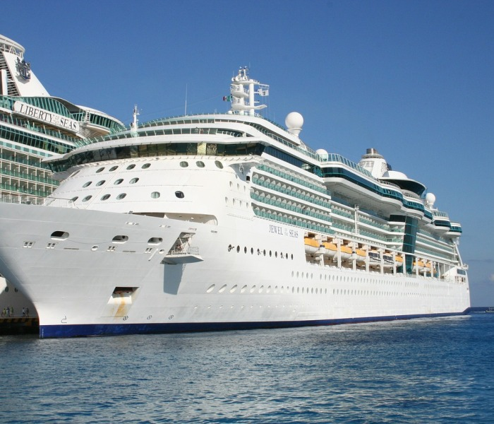Caribbean cruises: the perfect balance of relaxation and adventure