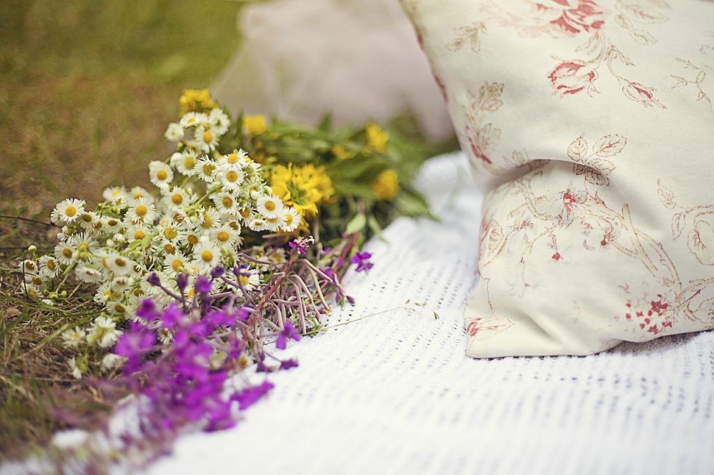 flowers-754258_1280
