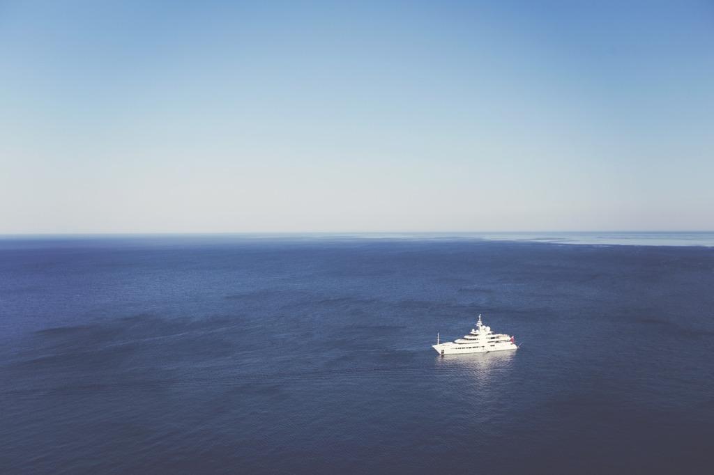 yacht-336679_1280