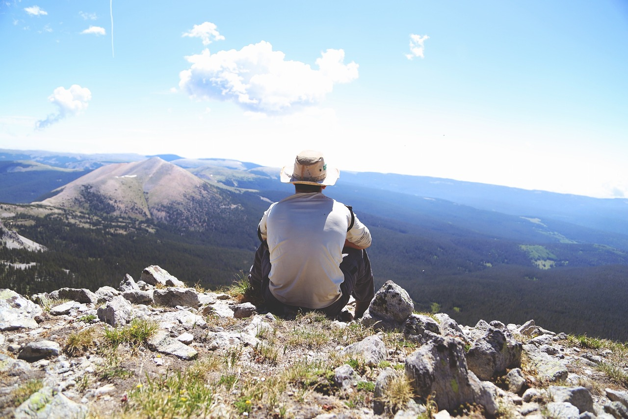 hiking-691739_1280