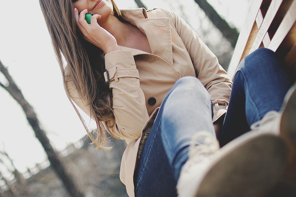 girl-926225_960_720
