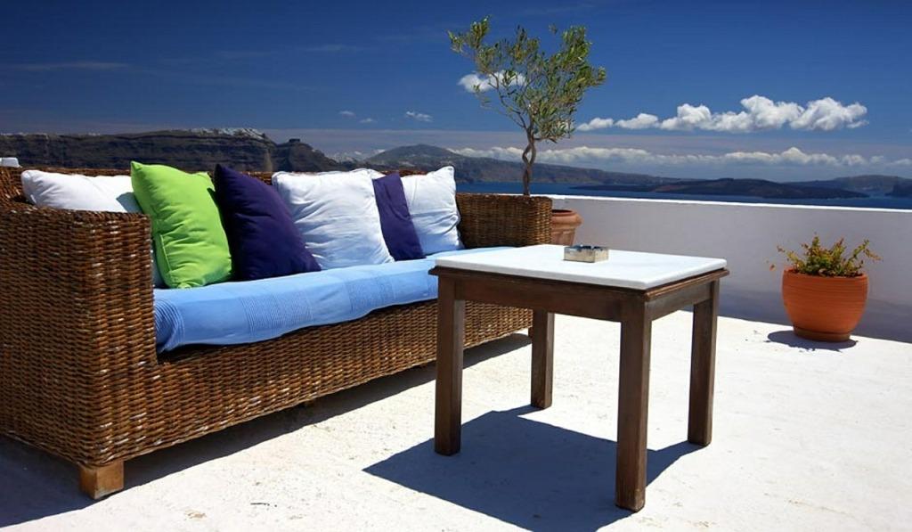 patio-364255_1280