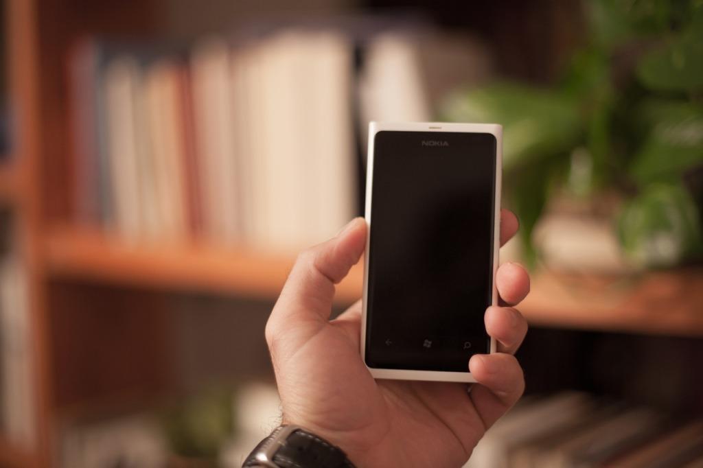 smartphone-407152_1280