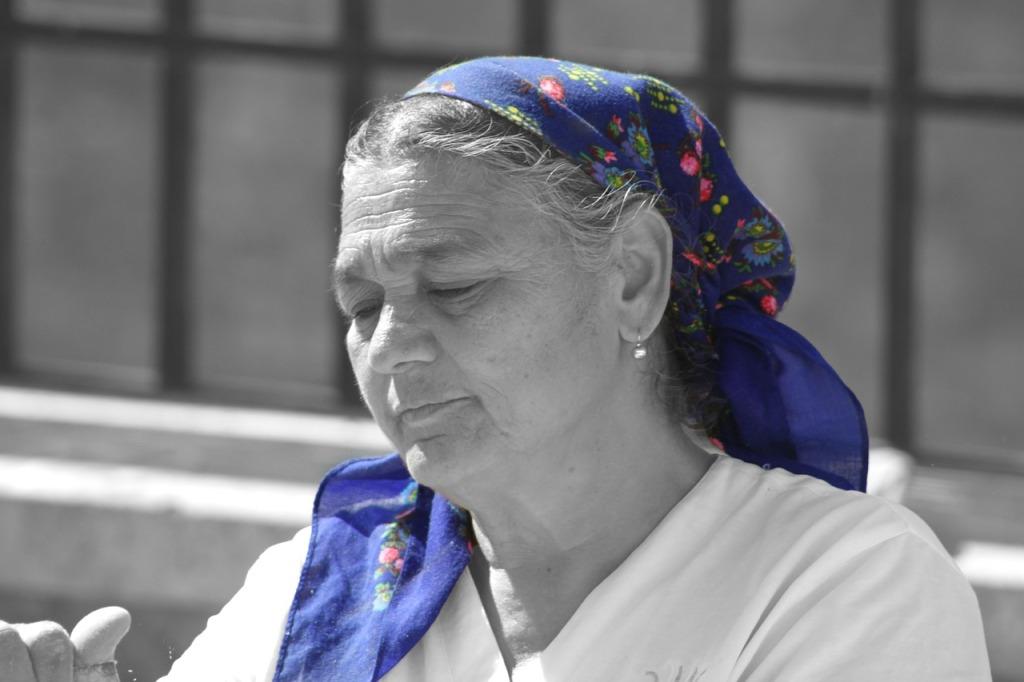 woman-200311_1280