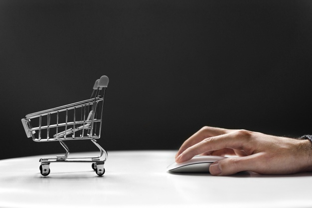 What Moms (and Dads!) Need to Know When Online Shopping